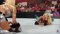 我说这两位是世界摔角最美女选手 谁赞成 谁反对