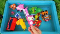 一起看看!左左龙姐姐的玩具都有哪些呢?超级飞侠睡衣小英雄趣味玩具故事