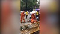 广东东莞一儿童掉入下水道 150人连夜搜救 至今仍下落不明