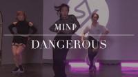 Michael Jackson的经典《Dangerous》被益达演绎出了别样的性感