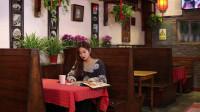 奇葩食堂第十集-奇葩食客餐厅要求服务员表演跳舞,小服务员哥哥为了顾客满意度也是拼了