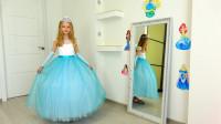 好神奇!萌宝小萝莉的魔镜会给她挑选哪件衣服呢?趣味玩具故事
