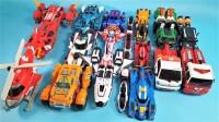 把16辆变形金刚Tobot V机甲车辆都转变为机器人玩具