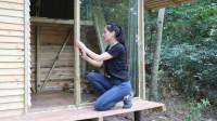 和小姐姐暴力拆解丛林小木屋,改造高大上落地玻璃窗!