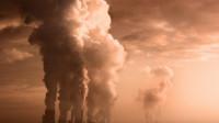 科学家警告:人类在2050年将面临生死考验,地球文明就此崩溃?