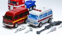 变形金刚老士兵系列TFC OLD OS01和03铁皮救护车棘轮变形玩具