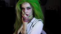 国外女子美妆秀:化妆打扮成的小丑你觉得帅气吗?