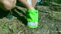 这种创意塑料袋,不仅能洗衣服,手机放进去还有妙用