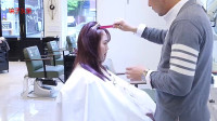 30岁圆脸女性有点微胖,剪款中长层次发型,修颜时尚显脸小