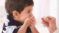 粗心爸爸将3/5片理解为3-5片 5岁娃吃完药昏睡3天
