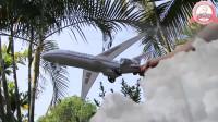 玩具飞机遭遇暴风雨紧急降落救援队出动