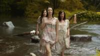 三个逃犯在河边遇到了唱歌的女孩,结果却被当场迷晕了!