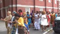 肯尼亚最奇特的教堂,不准穿内衣的女子进入,声称这样亵渎神灵!