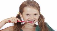 早上起床后,先刷牙还是先喝水?很多人想错了,现在告诉你