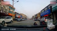 3岁男孩突然冲出马路,司机连踩刹车的机会都没有,直接撞上