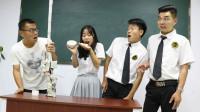 """吃大蒜赢""""绝地求生装备"""",结果女同学直接端着碗吃,太逗"""