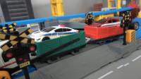 列车运来多款小汽车机器人玩具