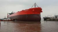 千钧一发之际,亚洲大国直接派军舰护航伊朗石油,美军却不敢开火