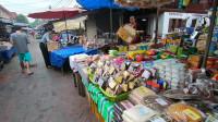 老挝琅勃拉邦的早市,看看跟我国的差距有多大