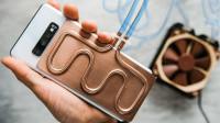 听都没听过的手机水冷散热器真的有用吗?这个夏天手机有救了!