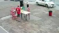 15扎啤酒喝到天亮 哈尔滨3男子吃霸王餐:有钱 不想给