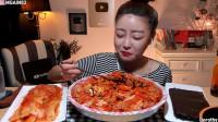 【韩国吃播,咀嚼音】Dorothy- 辣火鸡面酱料鸡蛋拌饭