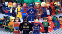 乐高超级英雄跨宇宙大战:复仇者联盟VS正义联盟!