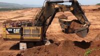 实拍大型挖掘机工作全过程,这工作效率真的太高了