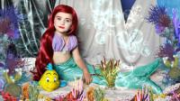 国外小女孩爱慕美人鱼,妈妈将她化妆打扮成了爱丽儿