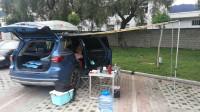 夫妻2人SUV当房车,狭小空间如何充分利用,解决水电储物睡觉