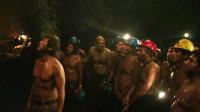 33名矿工被埋700米的深处,整整69天,创造了人类营救最大奇迹《地心营救》