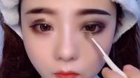 美女把自己化妆成吸血鬼,太好看了吧!