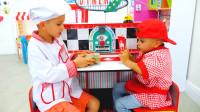 萌娃小可爱们的餐馆开业啦!—萌娃:弟弟,我需要鸡蛋和牛奶,快去准备吧!