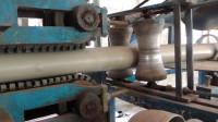 印度小作坊实拍,PVC管制造过程,就是设备简陋了点