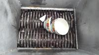 将碗放进粉碎机,结果会怎样?