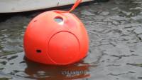 美国大叔发明逃生胶囊,可抵御飓风和海啸,售价高达10万元