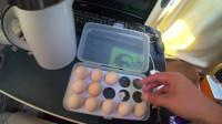 房车里煮了8个鸡蛋,居然还要煮泡面,这是怎么回事?