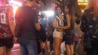 越南西贡夜市,当地美女很热情,难怪外国游客都爱去!