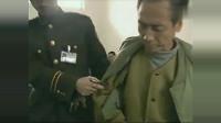 五名重刑犯被提审真实画面脚镣有二十斤