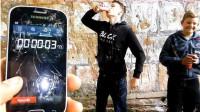 可口可乐发起挑战:一年不碰手机,奖励69万元,你能做到吗?