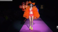 2020巴黎春夏时装周泳装秀,造型与创意都让人眼前一亮!