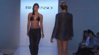迈阿密时装周泳装秀,模特拼的是气质与身材!