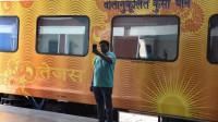 印度高铁通车首日!民众直呼秒杀中国高铁,3天后就被打脸!