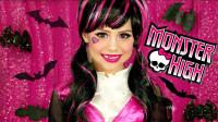 国外小女孩仿妆精灵高中,将自己美妆打扮成了吸血鬼!