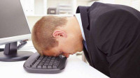 每天都是坐着上班,怎么还会感觉疲惫?原因不能让老板知道