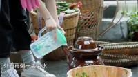 孙莉张子枫做剁辣椒,莉姐直接拿手拌好接地气,真能干!