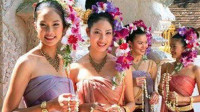 到泰国旅游,为啥泰国美女递的毛巾不能接?导游:接了悔青肠子