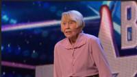 80岁老奶奶登上达人秀,扯掉外衣的那一瞬间,全场沸腾!