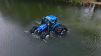 能在水里开的拖拉机,看起来很厉害的样子