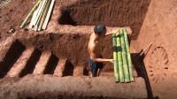 农村兄弟纯手工打造创意泳池,还带旋转滑梯,网友:这波操作满分!